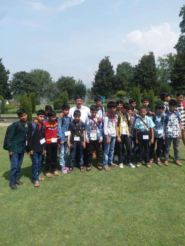 AGS students on Srinagar Tour 2018